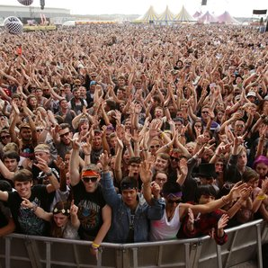 Reading Festival Crowd 2014