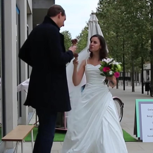 Woman pranks first date turns up wedding dress