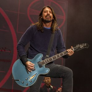 Dave Grohl Foo Fighters performing 2014