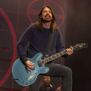 Dave Grohl Foo Fighters live 2014