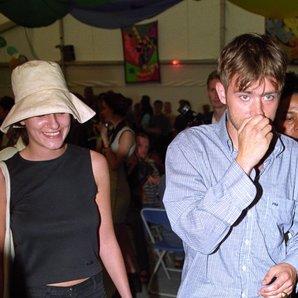 Justine Frischmann Damon Albarn V fest 1996