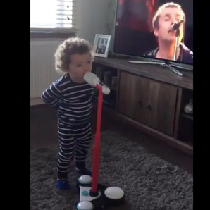 Toddler impersonates Liam Gallagher